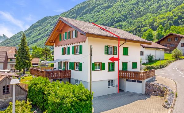 Doppel-Einfamilienhaus in Bilten